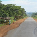 Photo of hawkers along the roadside in Uganda
